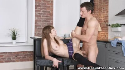 Casual Teen Sex - Casual lesson of lovemaking