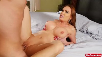 Big Tits blonde MILF Diamond Foxxx gets a cream filling - Mrs. Creampie